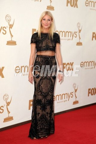 gwyneth paltrow emmy 2001