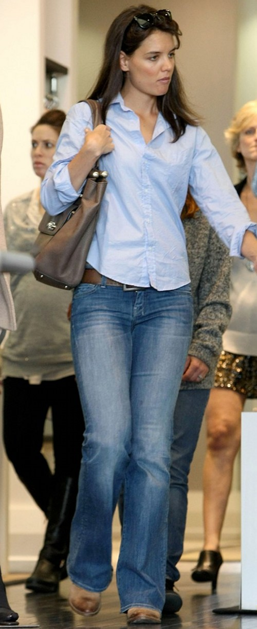 katie-holmes-seven-for-all-mankind