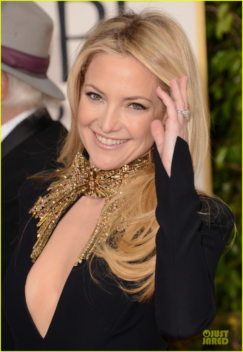 kate-hudson-golden-globes-2013 Alexander McQuess