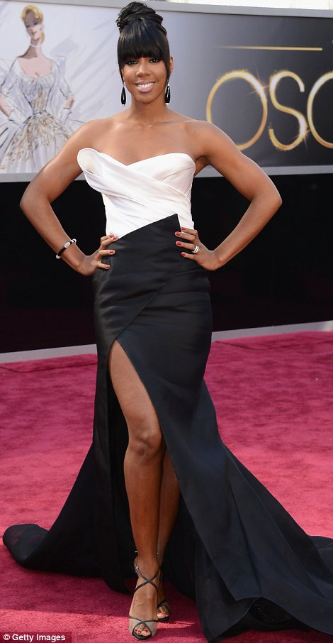 Kelly Rowland Oscar 2013 Donna Karan Atelier