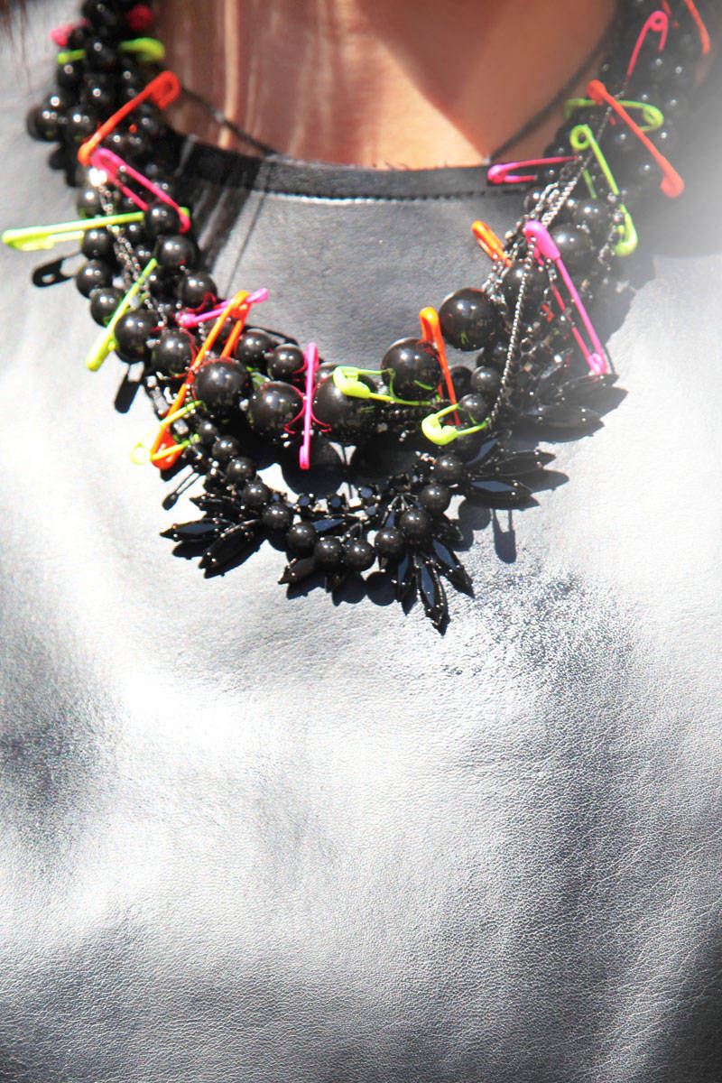 fashion-week-accessories-neon-safety-pin-necklace1