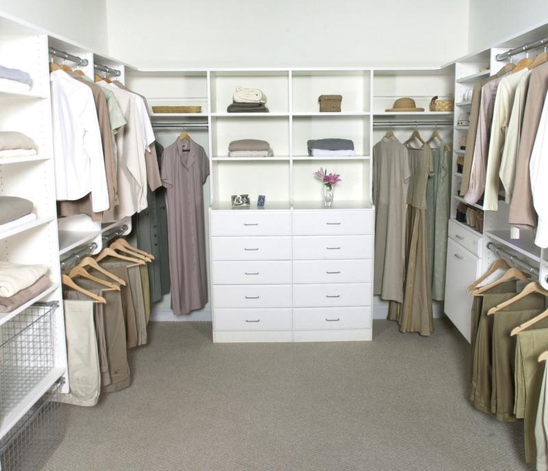White-Minimalist-Modern-Walk-In-Closet