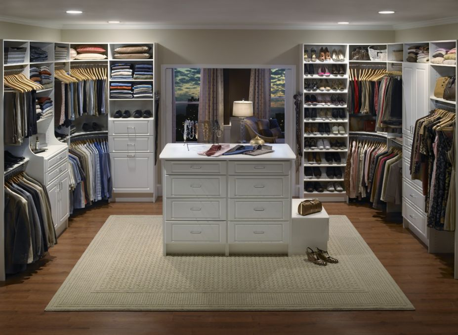 Walk In Closets on Bath Mastersuite Floor Plans
