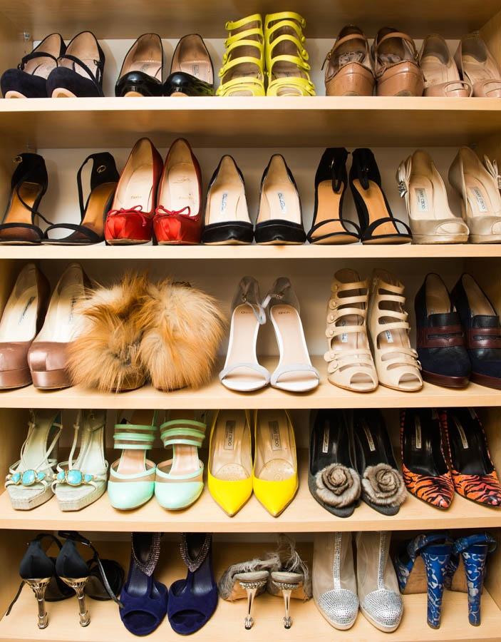 Lunes de decoraci n walk in closets la vida de serendipity for Closet de madera para zapatos