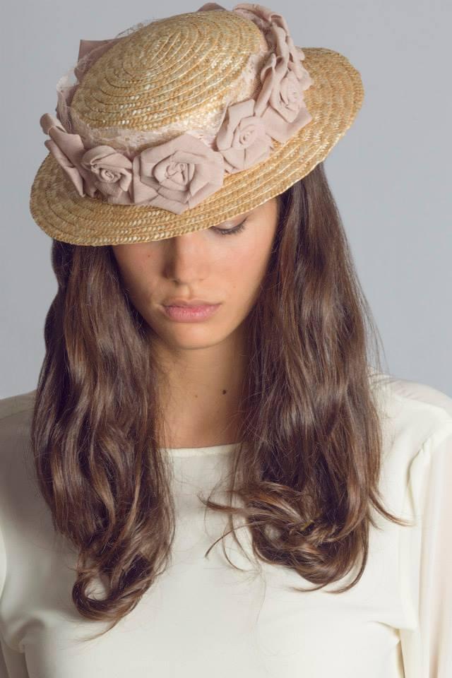 Cristina Risso 1561 - Sombreros románticos para dama