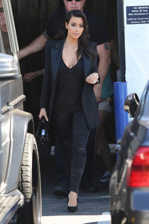 kim-kardashian-current-elliott-e1398856901737