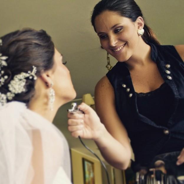 Carolina Indacocha maquillaje de novias
