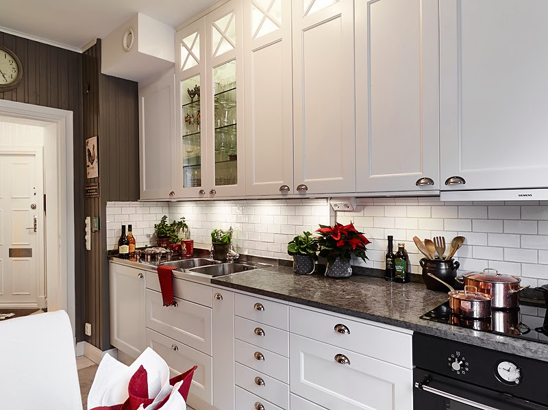 C mo hacer que tu cocina se vea elegante tendencia en for Cocinas bonitas blancas