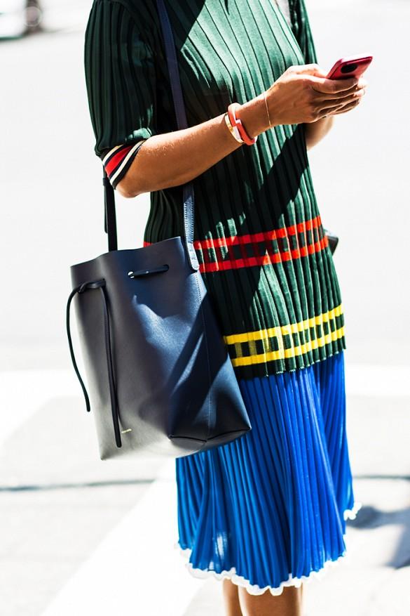 pleated skirt street style 3