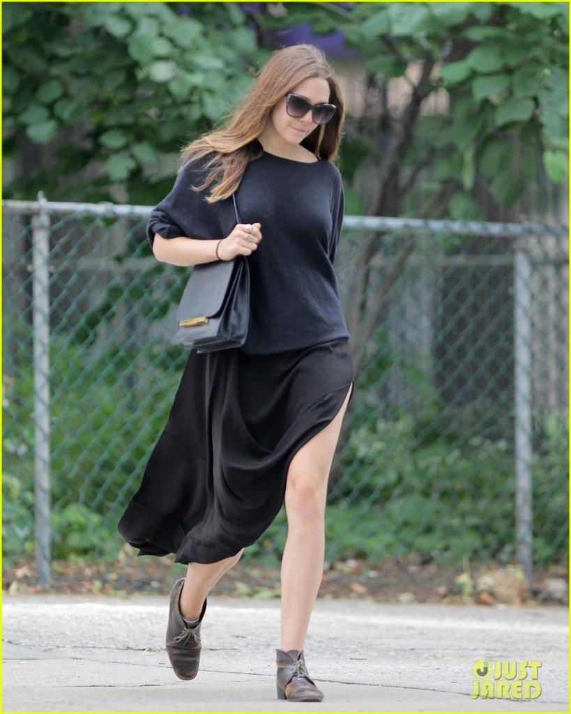 Elizabeth Olsen out in New York