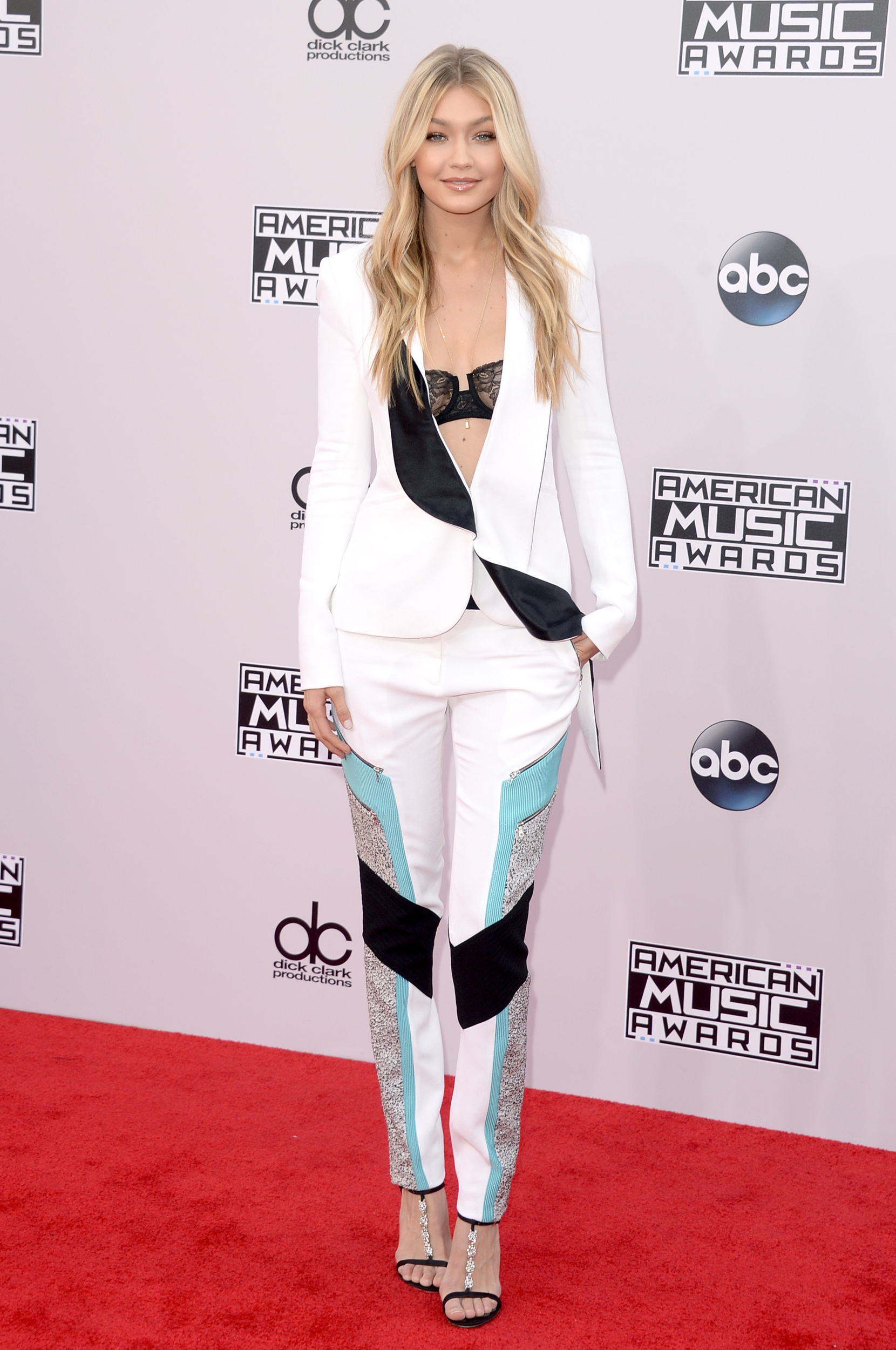 gigi hadid american music awards