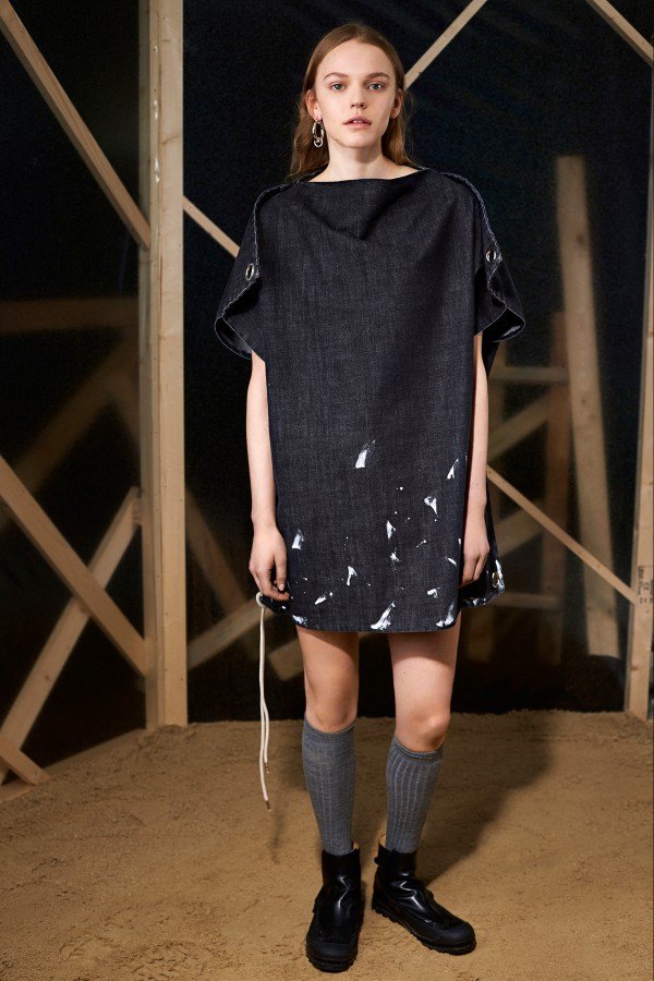 a maison martin margiela spring summer 2015 denim dress