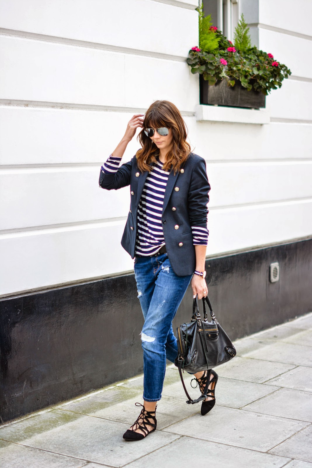 lace up flats look