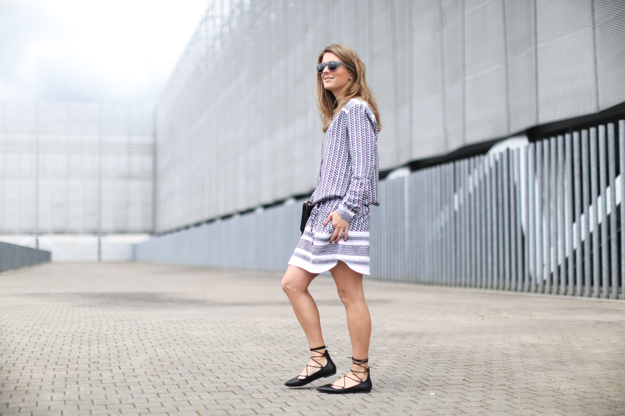 lace up flats street style