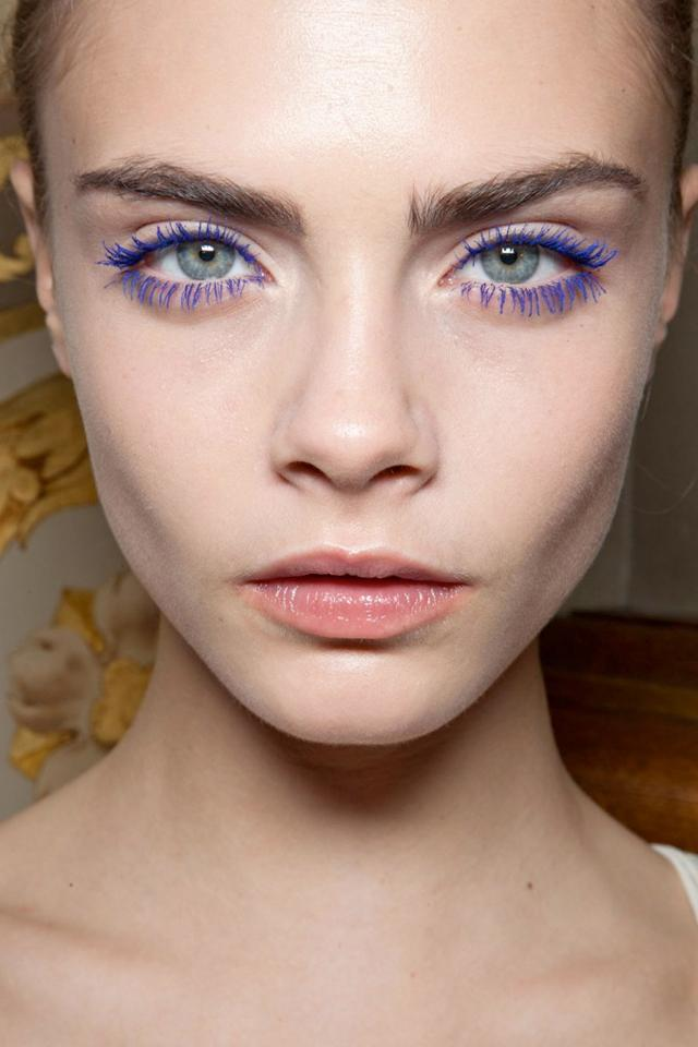 cara delevingne electric eyes trend 2