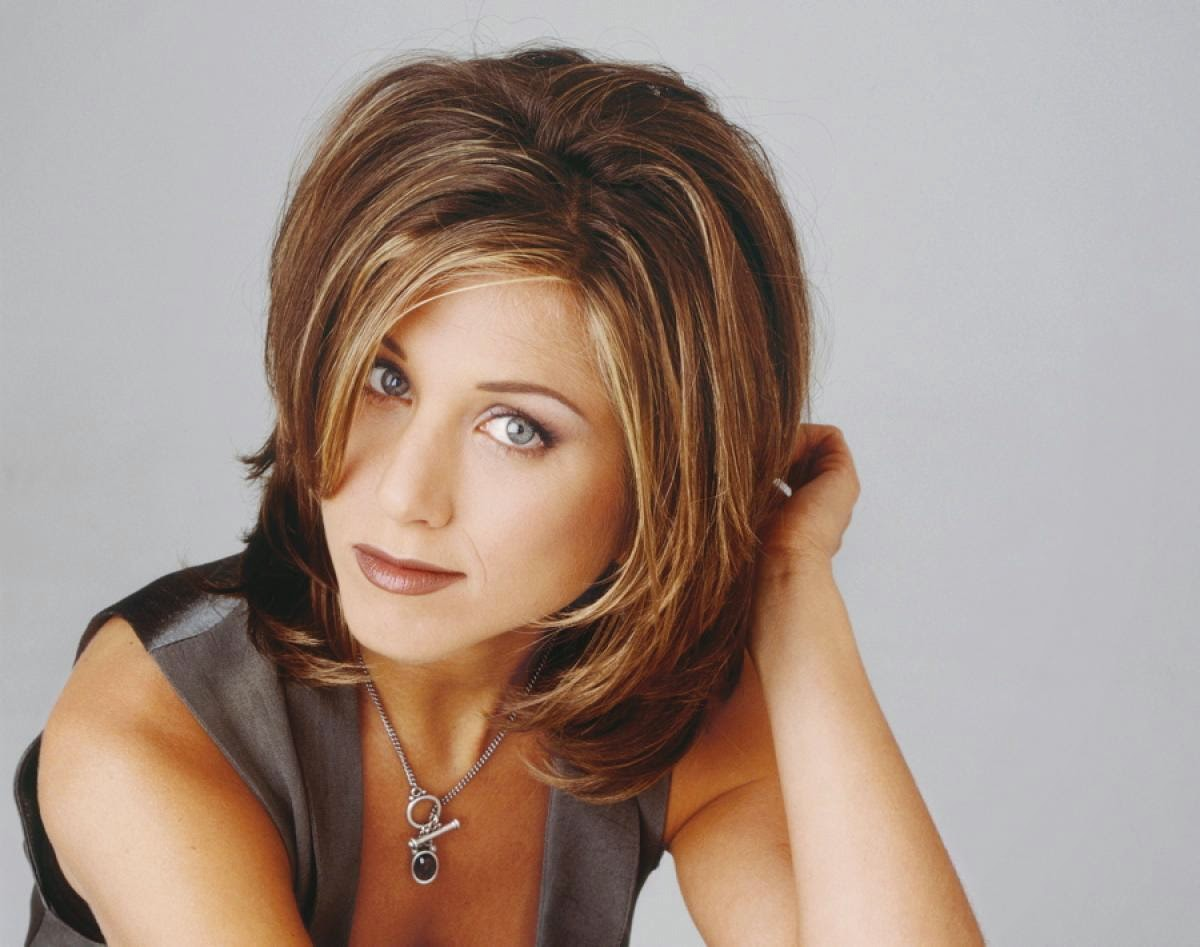 a brown lips jennifer aniston