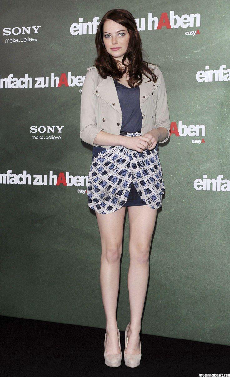 emma stone mini skirt 2
