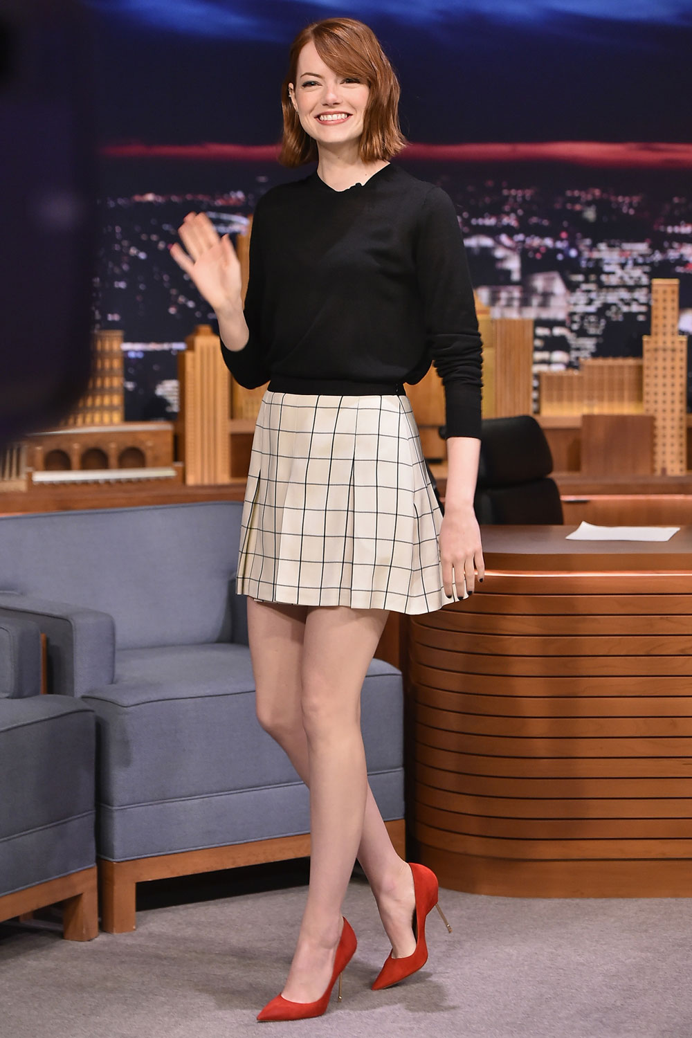 emma stone mini skirt