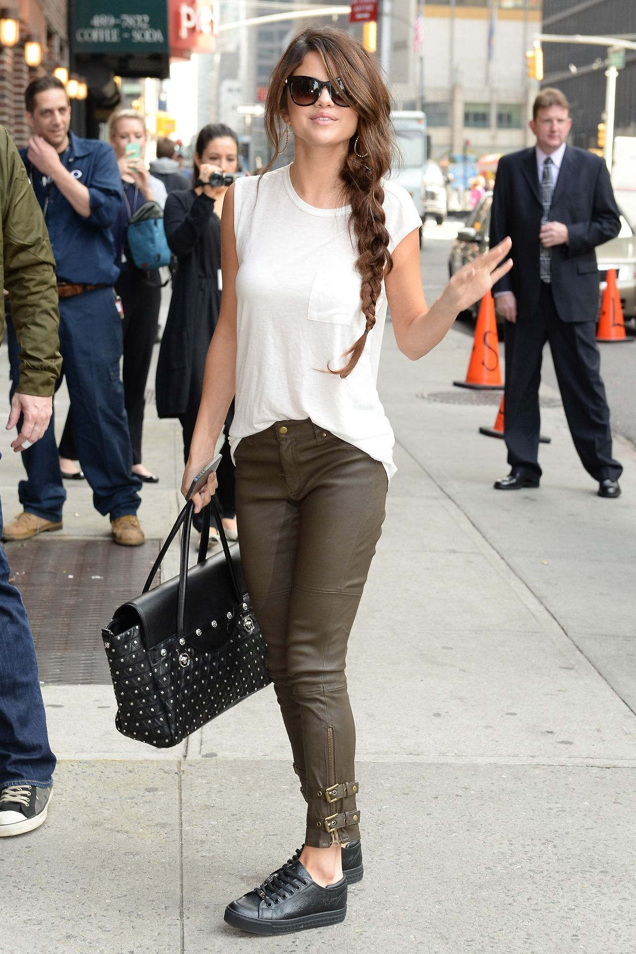 selena gomez green army pants look