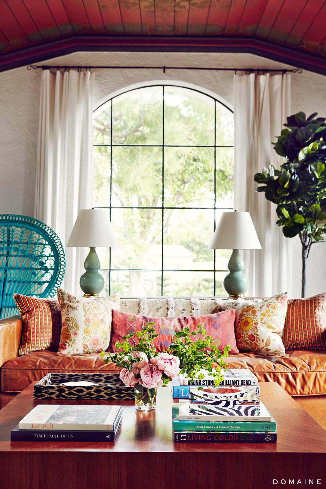 coffee table decor 2