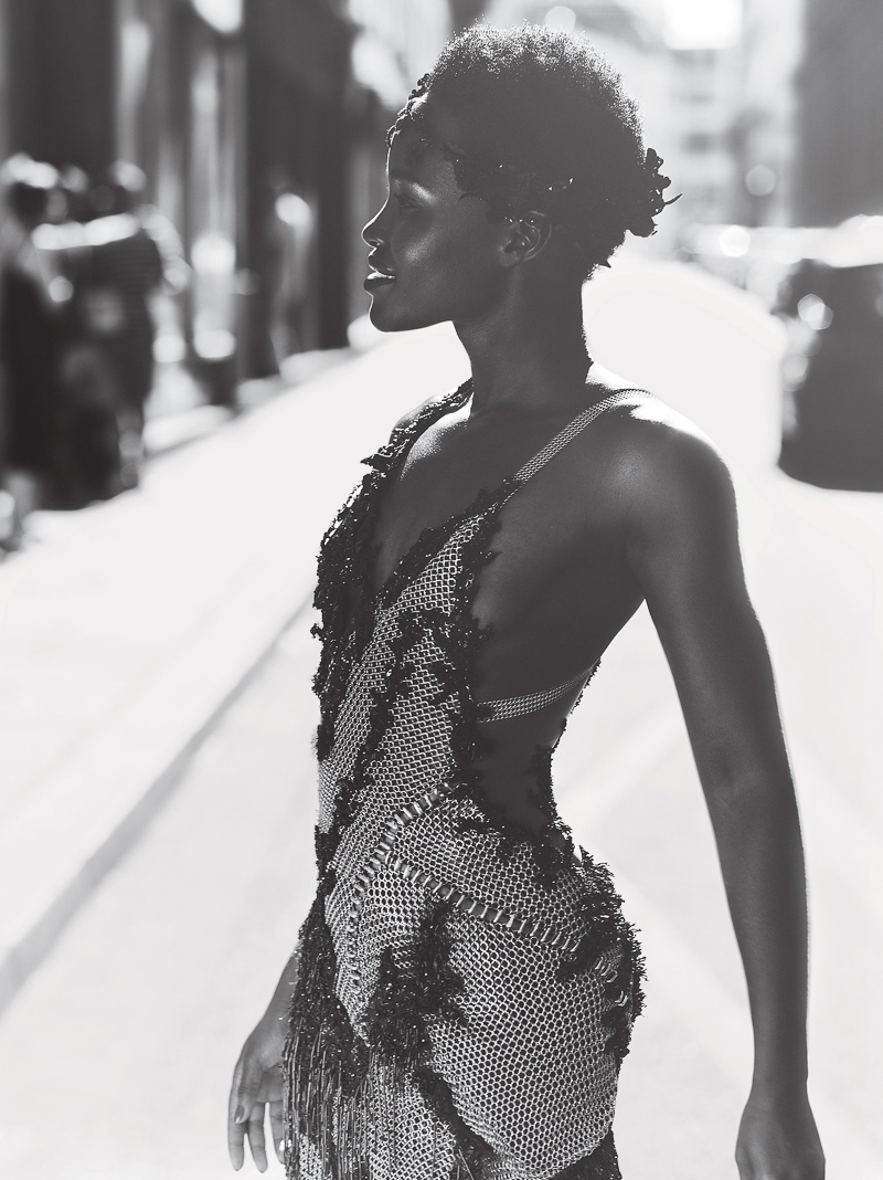 lupita nyongo vogue us 2015 mert alas and marcus piggott 6