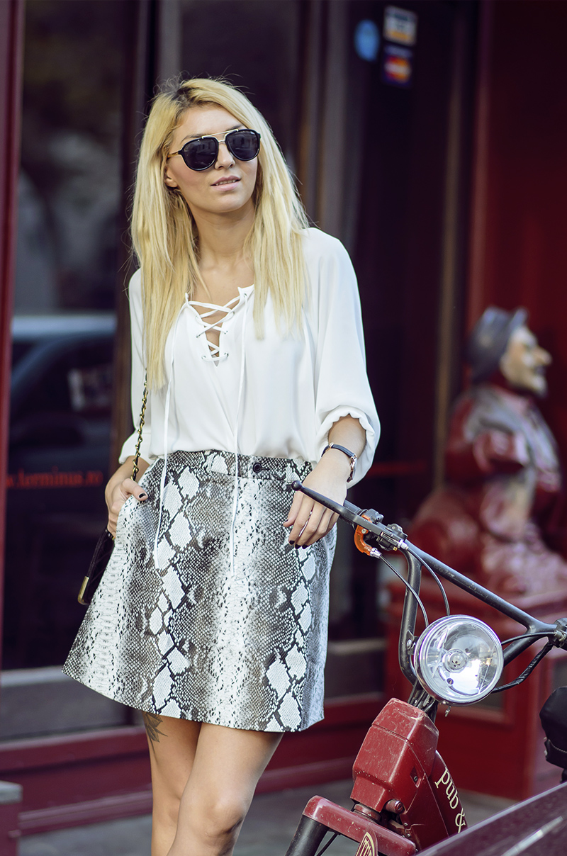 lace up blouse street style 1