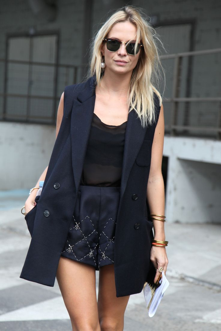 long vests street style 2