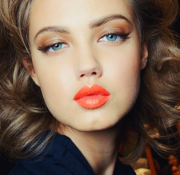 hot orange lindsey wixson