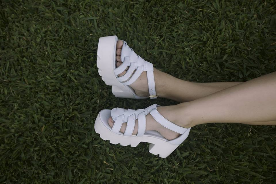 reinamora sandalias