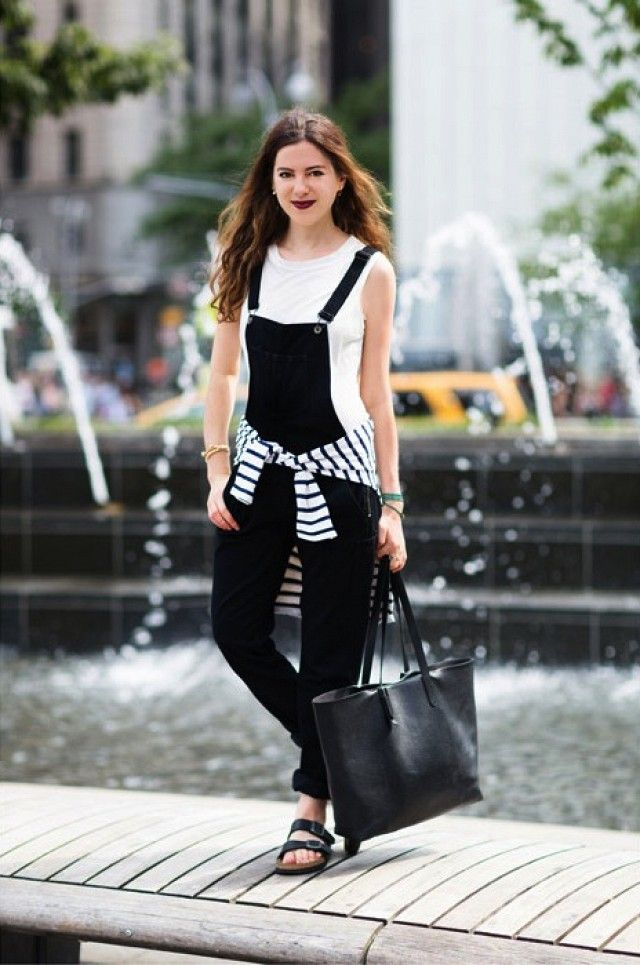 black overalls street style3
