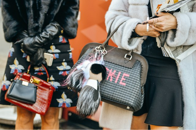 statement bags street style 2