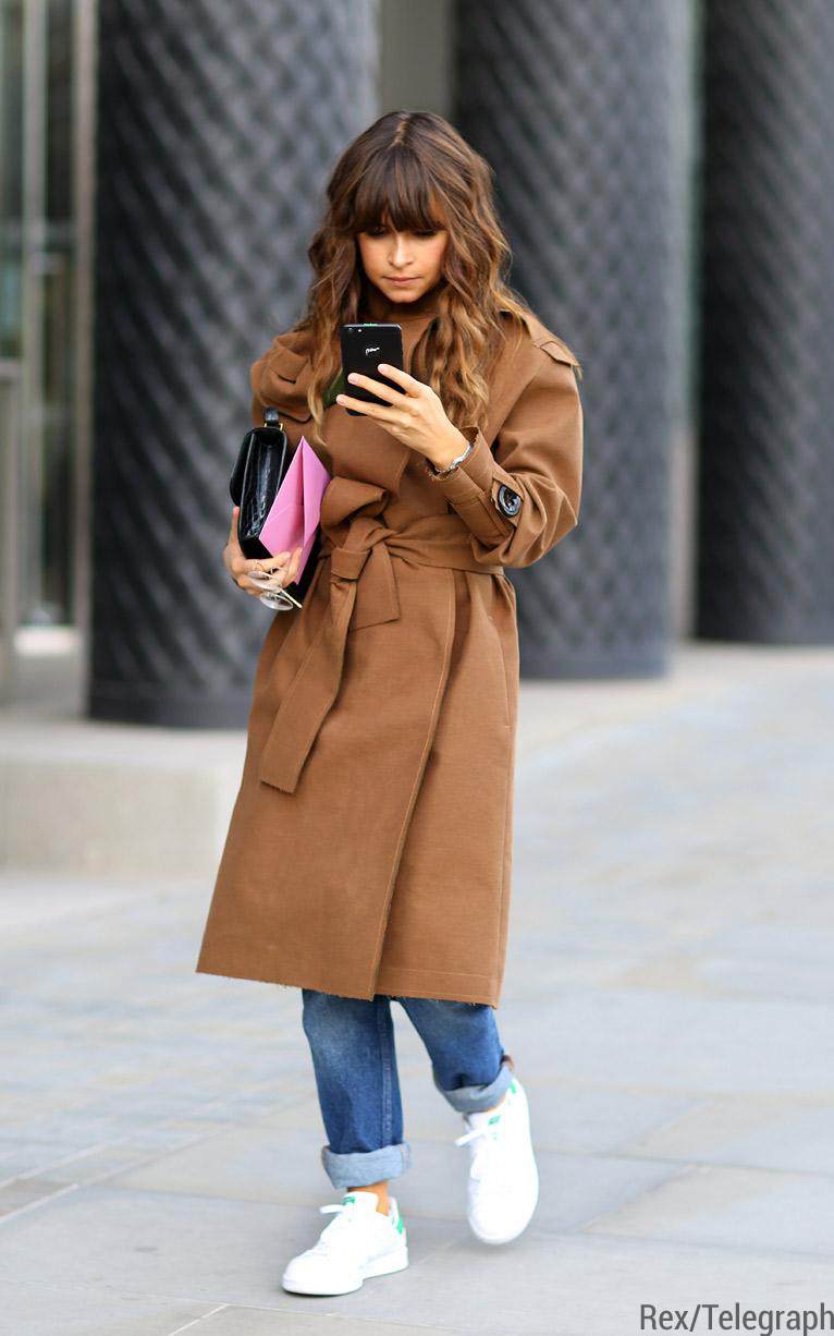 camel-coat-blue-boyfriend-jeans-white-and-green-low-top-sneakers Miroslava Duma