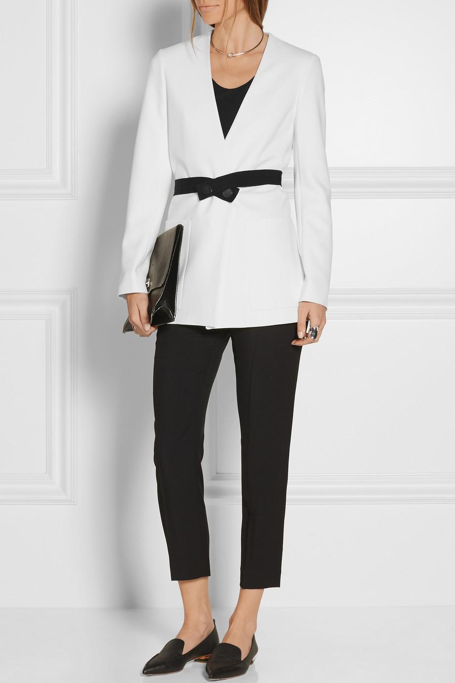 looks de oficina blazer blanco 1