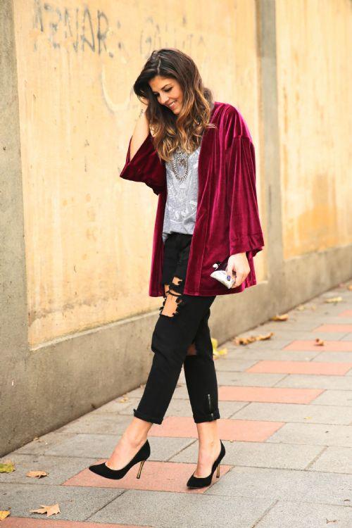 velvet kimono street style 1