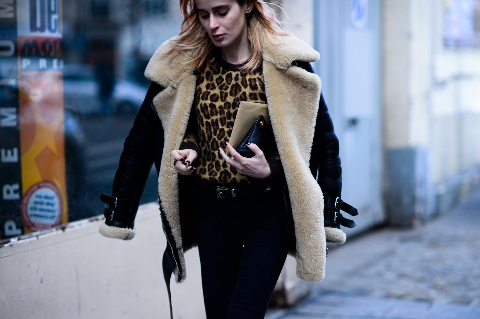 leopard sweater street style 1