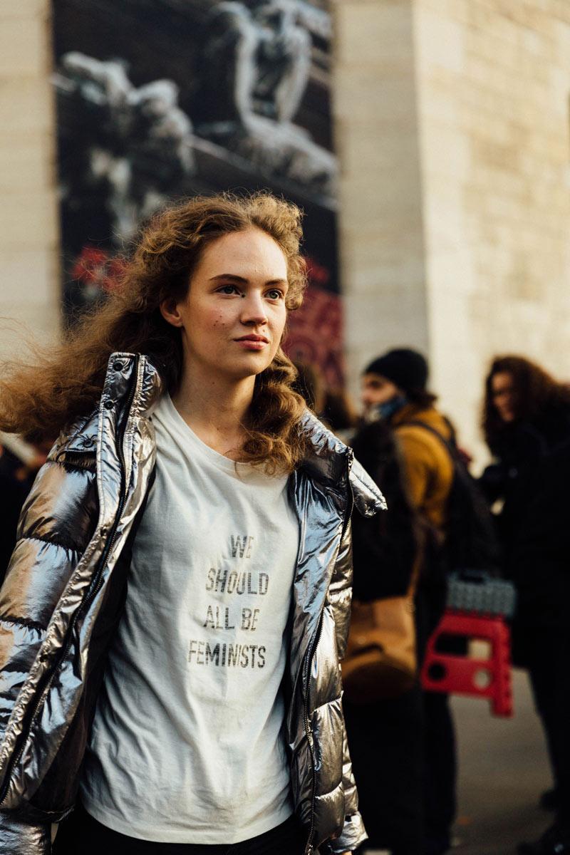 Tendencias 2017 - Fashion trends Dior tshirt we should all be feminist