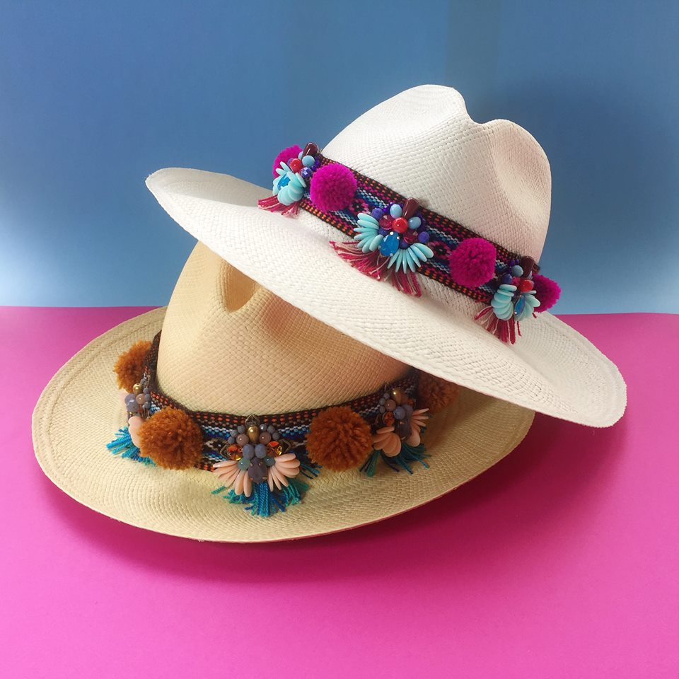 sombrero ariana santillana