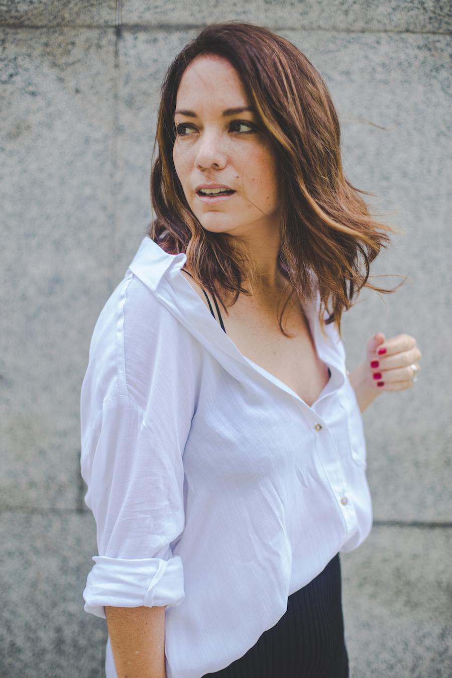 La vida de Serendipity - Camisa blanca - Black Midi Pencil Skirt El Clóset de mi hermana