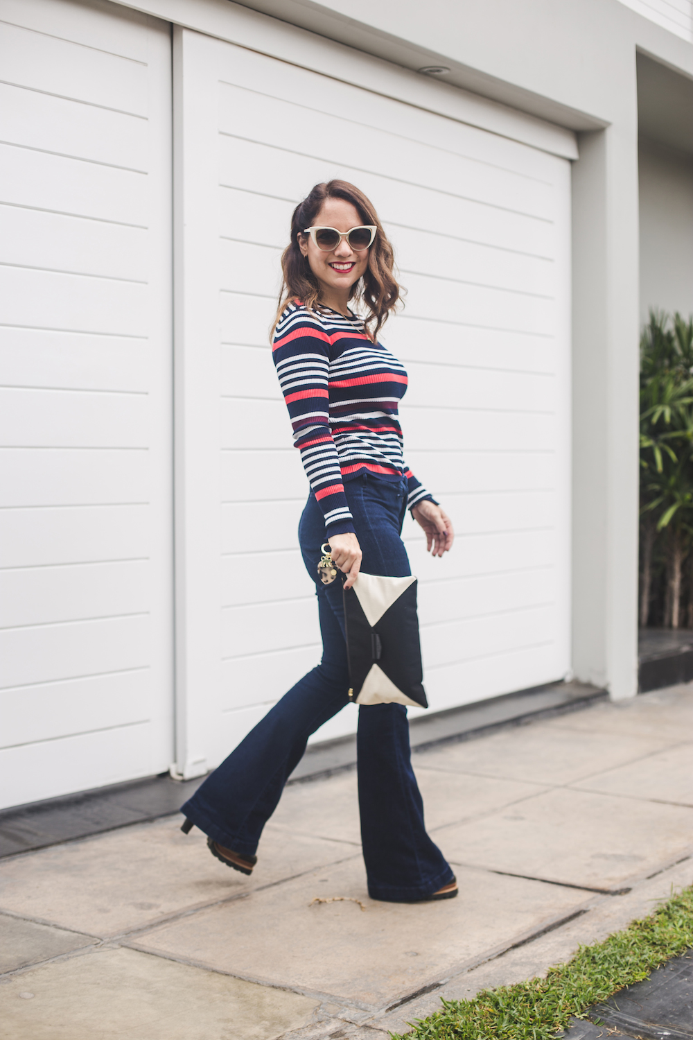 Zara 90's shirt striped - Gap wide leg jeans - Zapatos Lola - Kipling clutch - La Vida de Serendipity 4