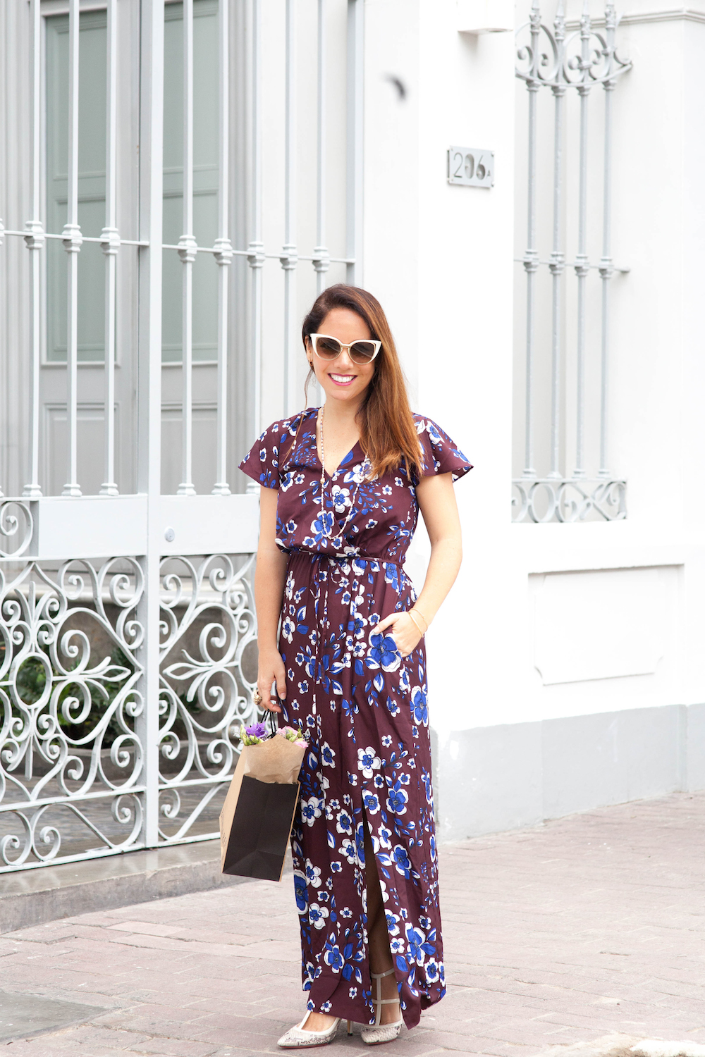 La vida de Serendipity - Banana Republic Maxi Floral Dress - Fendi Sunglasses -