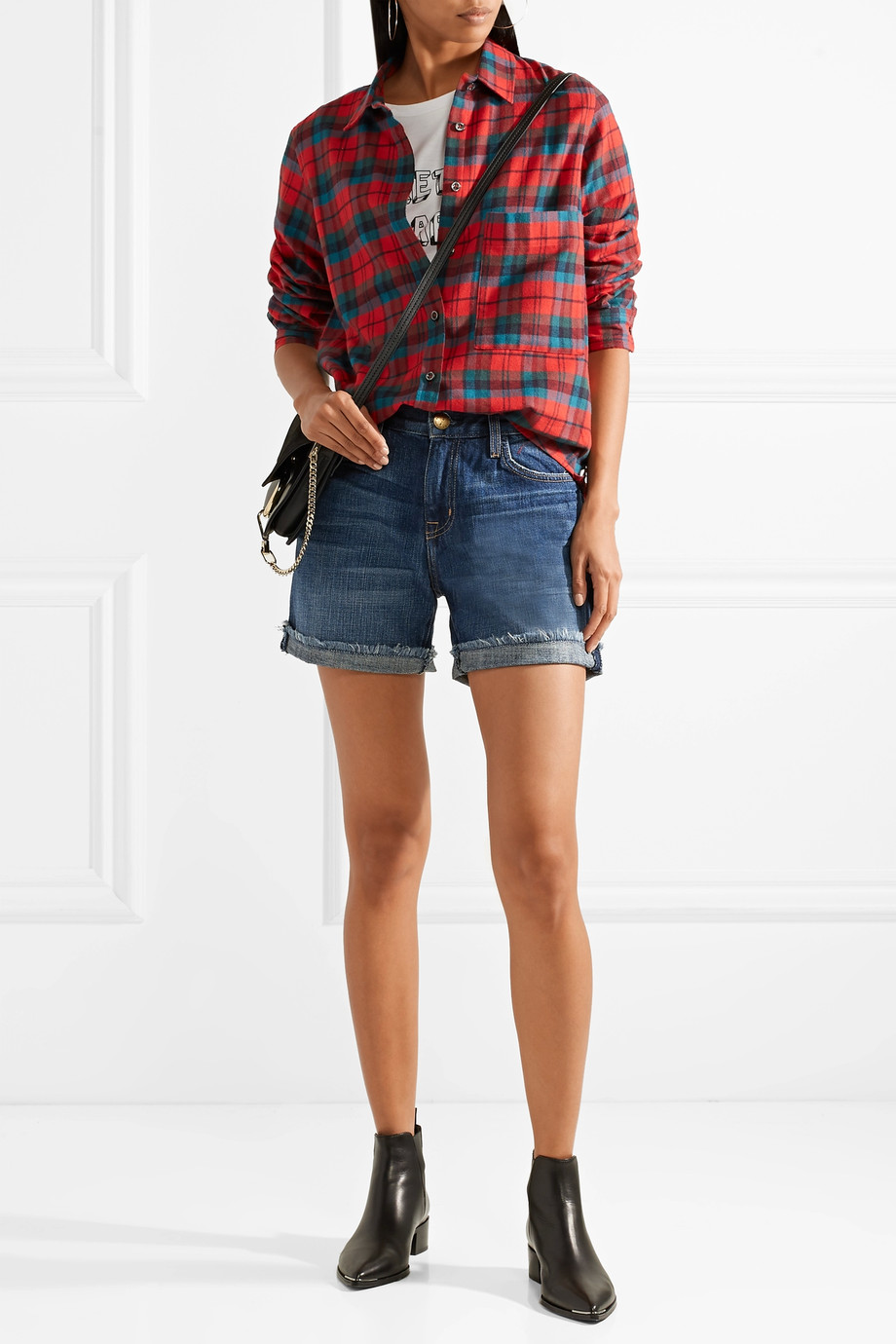 how to wear denim shorts
