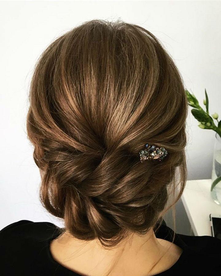 Modern-updo-hair trend
