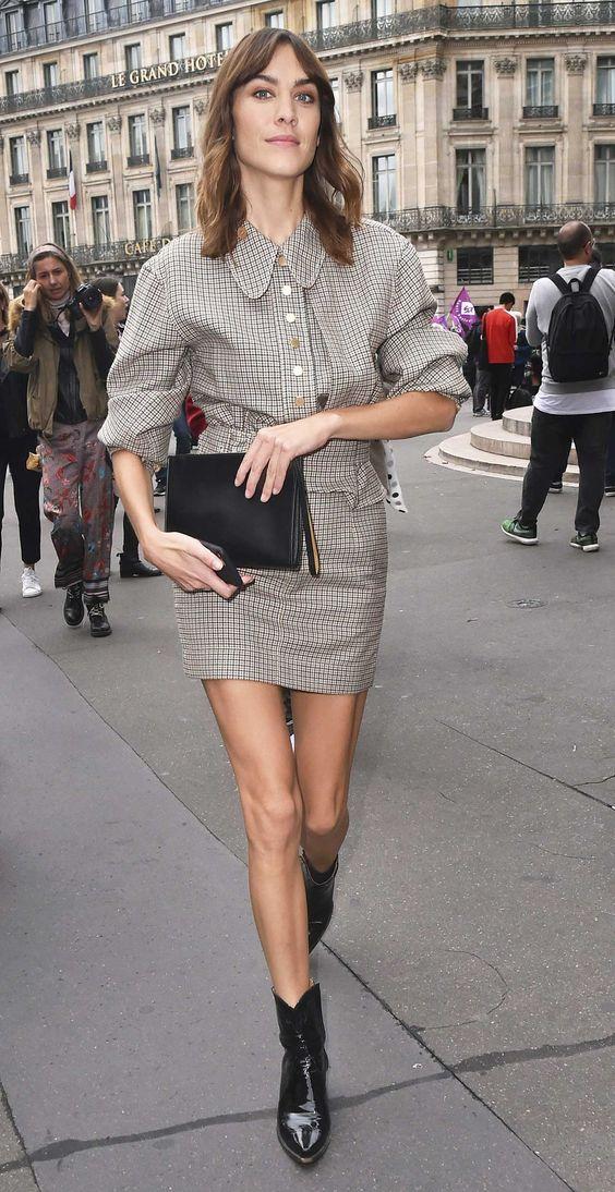 Alexa Chung summer-outfits cowboy boot trend
