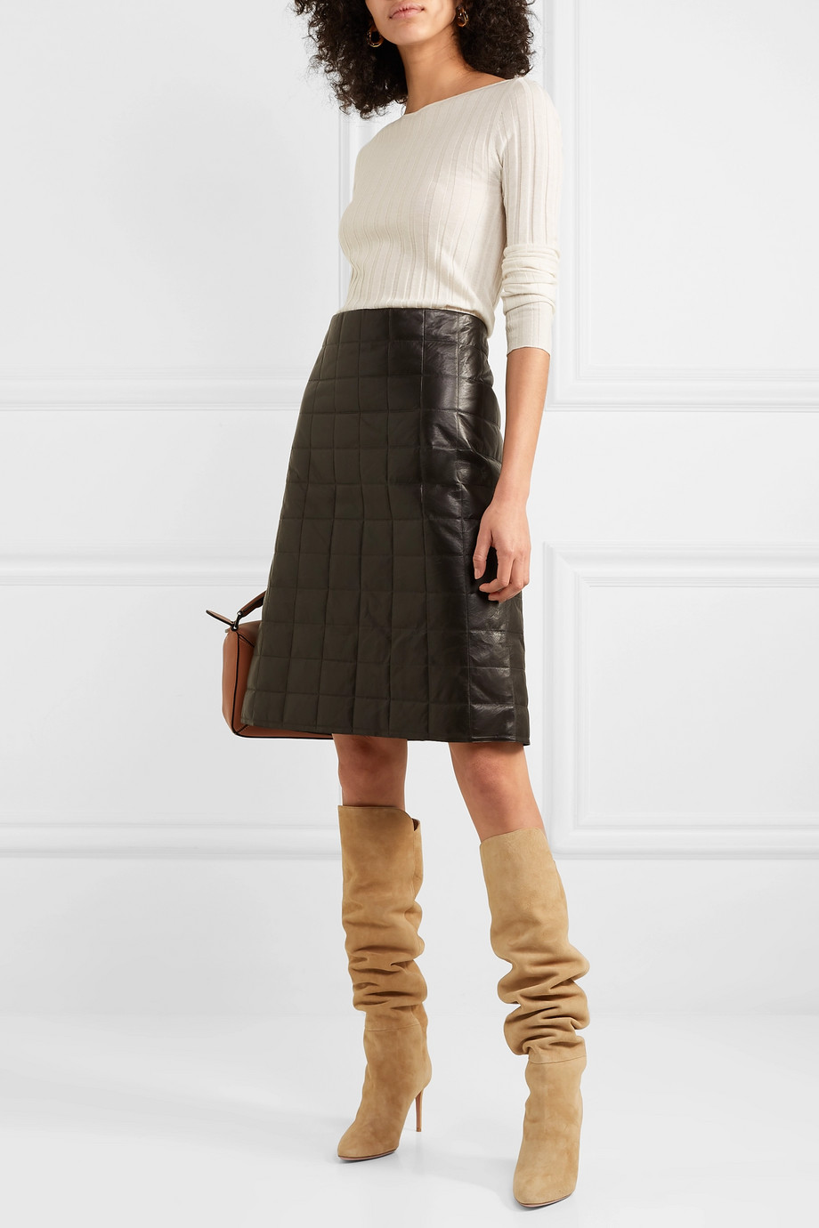 Spring Boots Trend 2019 - Boots with skirts